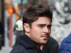 zac efron casual short hairstyle