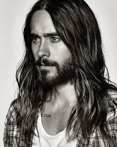 Long hair and beard- Jared Leto face shot | Just a pretty celebrity