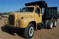 1964 MACK B61 Heavy Duty Trucks - Dump Trucks Old Mack Trucks, Big Rig Trucks, Dump Trucks, Toy Trucks, Heavy Duty Trucks, Heavy Truck, Mack Attack, Vintage Trucks, Classic Trucks