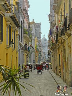 Photos and Travel Tips on Amazing Havana: http://bbqboy.net/photos-and-travel-tips-on-havana-cuba/ #havana #cuba
