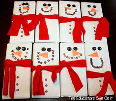 for Kids Creative Chaos (Activities): 8 Easy Snowman Crafts fun for Kids they make perfect winter preschool activities gifts for students for kids 8 Easy Snowman Crafts fun for Kids they make perfect winter preschool activities Noel Christmas, Christmas Projects, Winter Christmas, Holiday Crafts, Holiday Fun, Handmade Christmas, Christmas Candy Bar, Christmas Paper, Christmas Images