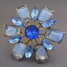 LARGE VINTAGE 50'S 60'S BLUE RHINESTONE GIVRE STONE FLOWER RIVETED PIN BROOCH #Unbranded