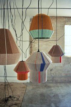 Ana Kras is an artist with a creative work on lighting design that amaze! Enjoy this Friday's Deco post! Diy Luminaire, Luminaire Design, Diy Pendant Light, Pendant Lighting, Pendant Lamps, Pendants, Diy Luz, Luminaria Diy, Ana Kras