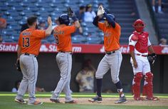 Astros vencen a Angels en el inning 13 con cuadrangular de Correa.
