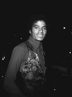 Off The Wall Era ;) Michael Jackson - Cuteness in black and white ღ  @carlamartinsmj
