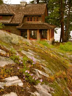: Traditional Landscape With Coast Rock Adirondack Style Exterior