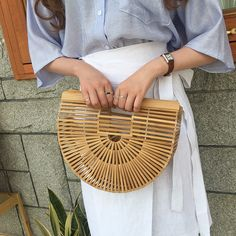 Treat yourself to something chic and unique like this wooden tote bag from Daily About! Asian Street Style, Street Styles, Marriage Gown, Girl Things, Asian Fashion, Pretty Little, Fashion Styles, Bling Bling, Straw Bag