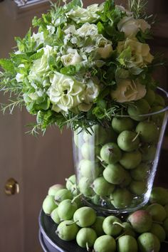 rose, herbs and green apple