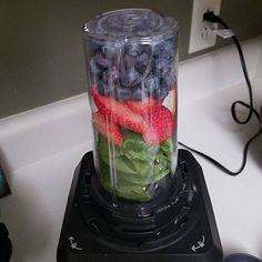 Green smoothie recipes for acne healing - yum!