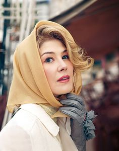 Rosamund Pike styled as Grace Kelly