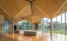 Inspired by China's fast-paced economic growth and the resulting building boom of the recent decade, Beijing- and New York-based design firm Open Architecture had been researching themes of construction, production steamlining and temporary building, w...
