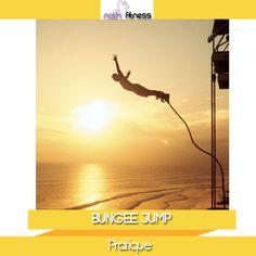 """O Bungee Jump é um esporte de ação que atrai principalmente jovens e adultos em busca de aventura e adrenalina. O """"jumper"""" salta em um vão livre, preso a um cabo de feixe de elásticos paralelos com equipamentos e acessórios semelhantes aos da escalada esportiva."""