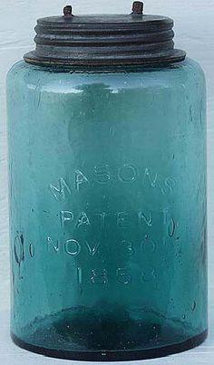 Antique Fruit Jar Hall of Fame Vintage Mason Jars, Blue Mason Jars, Vintage Bottles, Vintage Perfume, Pot Mason, Mason Jar Crafts, Mason Jar Lamp, Antique Glass Bottles, Bottles And Jars