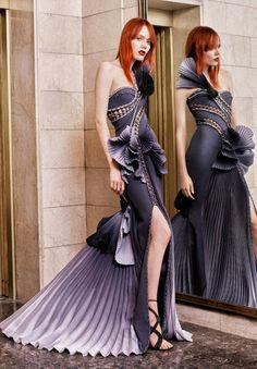 fuckyeahfashioncouture: Atelier Versace Haute Couture...