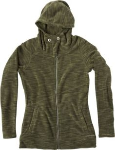 Snuggle up in the plush fleece of the ExOfficio Calluna hoodie, whether you're walking through a ski town or hiking a chilly mountain trail.