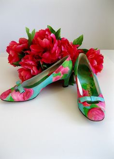 New! I Love These Spring Heels  1950s Shoes Kitten Heels Roses Blue Green Pink Mad by gogovintage, $52.00