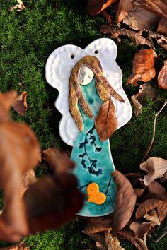 Śpiewający aniołek w turkusowej sukience - Dom - DecoBazaar