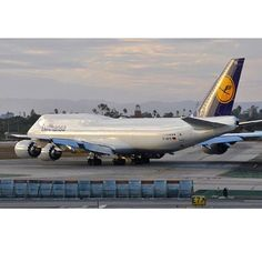 Lufthansa Technik — flyingphotog: @Lufthansa Boeing 747-8i departing...