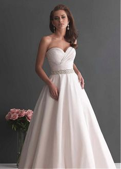 CHARMING SATIN A-LINE SWEETHEART NECKLINE NATURAL WAISTLINE WEDDING DRESS IVORY WHITE LACE BRIDAL GOWN