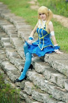 "Lucy Heartfillia from ""Fairy Tail"" cosplay"
