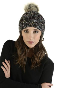 SCHWIING TUQUE AKELA NOIR Winter Hats, Fashion, Winter, Black People, Accessories, Moda, Fashion Styles, Fashion Illustrations