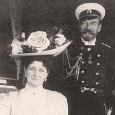Tsar Nicholas II and Tsarina Alexandra were a happy, loving couple.