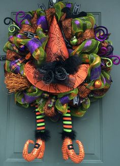 Whimsical Halloween bruja patas guirnalda por EverWreath en Etsy More