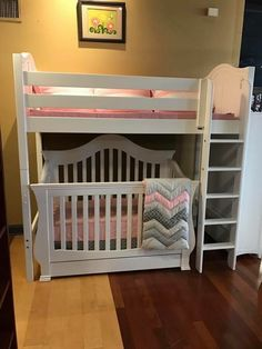 Little ones sharing a room? Here& a great example of utilization of space! Baby And Toddler Shared Room, Shared Boys Rooms, Toddler Rooms, Baby Bedroom, Baby Room Decor, Kids Bedroom, Bedroom Ideas, Toddler Bunk Beds, Bunk Bed Crib