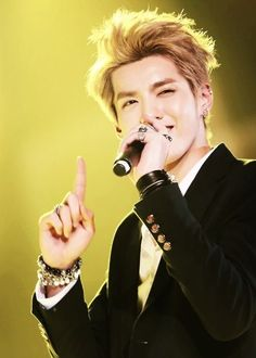 I'm sorry, Kris, that you chose to leave EXO ~ but I will still love both you and all of EXO