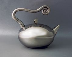 Tea Pot - Wave