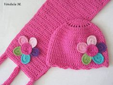 Knitting baby scarf and hat patterns free Crochet Kids Scarf, Crochet Baby Hats, Crochet Scarves, Crochet For Kids, Knitted Hats, Crochet Flower, Baby Hat Knitting Pattern, Baby Hat Patterns, Baby Knitting