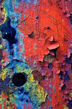 Rainbow | Arc-en-ciel | Arcobaleno | レインボー | Regenbogen | Радуга | Colours | Texture | Style | Form | Chipped paint