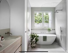 Leadlight Windows, Melbourne Suburbs, Kitchen Island Bench, Brown Brick, Terrazzo Tile, California Bungalow, Bedroom With Ensuite, Bathroom Interior Design, Clawfoot Bathtub
