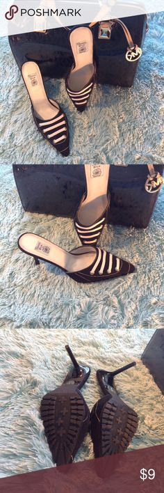 Shoes Size 81/2  👠 👠 Summer Rio Tread on bottom Shoes Size 81/2  👠 👠 Summer Rio Tread on bottom mules summer rio Shoes Mules & Clogs