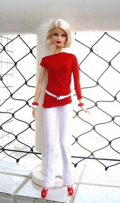 Barbie Basics - Red Collection