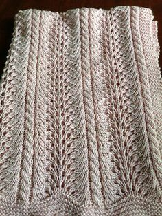 Ravelry: Project Gallery for Summer Waves Baby Blanket pattern by Alla Postelnik