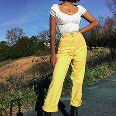 "8b36e6ef17 Masha on Instagram  ""Vtg Ralph Lauren ☀ jeans now available on  depop in sz  30 (SOLD)"""