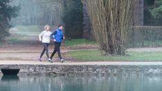 40 συμβουλές για να αντέχετε πάντα στα δύσκολα | Τι λες τώρα; Marche Active, Attitude Positive, Power Walking, Health Tips, Sports, Food Decoration, Plein Air, Occasion, Winter Style
