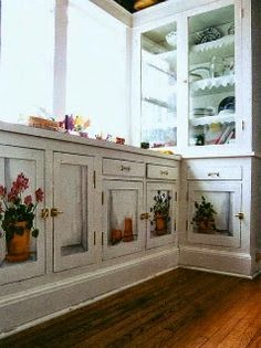 53 New Ideas Painting Kitchen Cabinets Ideas Shabby Chic Furniture Decoupage Furniture, Art Deco Furniture, Hand Painted Furniture, Upcycled Furniture, Diy Furniture, Cabinet Furniture, Furniture Design, Kitchen Design, Kitchen Decor