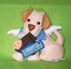 Esse enfeite foi uma homenagem ao cãozinho Igor, que virou estrelinha antes do Francisco nascer, mas a família fez questão que ele part...
