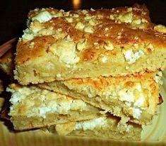 Ελληνικές συνταγές για νόστιμο, υγιεινό και οικονομικό φαγητό. Δοκιμάστε τες όλες Greek Pita, Junk Food Snacks, Snack Recipes, Cooking Recipes, Savory Muffins, Cheese Pies, Greek Cooking, Greek Dishes, Greek Recipes