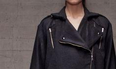 Abrigo perfecto Branding Design, Raincoat, Womens Fashion, Jackets, Fashion Design, Wraps, Rain Jacket, Down Jackets, Brand Design