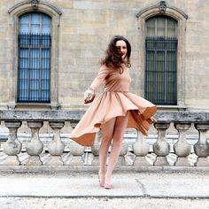 Nude tones create an instantly vintage look    @vintagetraffic   #netaporter #vintage #liketkit www.liketk.it/927w @liketkit