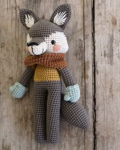 Harry Wolf, the twelfth character for my second book, Animal Friends of Pica Pau Crochet Wolf, Crochet Diy, Crochet Patterns Amigurumi, Crochet Animals, Diy Y Manualidades, Crochet Bookmarks, Stuffed Toys Patterns, Handmade Toys, Crochet Projects