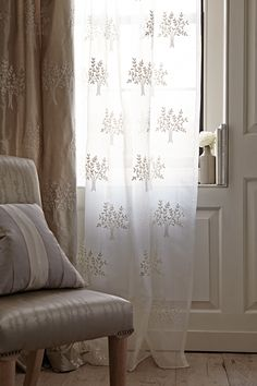 The Orchard Sheer in 100% Silk is a great addition to any window. Ref : 31550/01