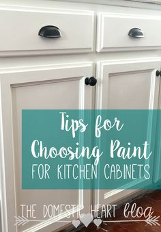 The pros and cons of chalk paint and latex paint when painting kitchen cabinets. Very helpful information!