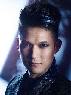 Magnus- Shadowhunters on Freeform!