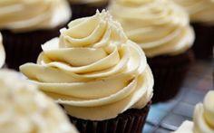 Valkosuklaakuorrute muffinsseille | Arla
