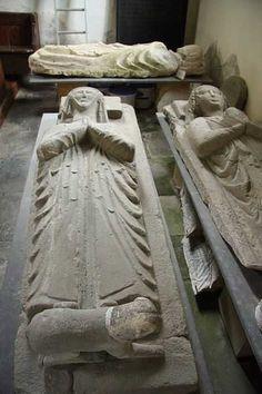 Ralph Abenhale (Back) 1317–1347 BIRTH 1317 MAR 25 • Abenhall, Gloucestershire, England  DEATH 1347 AUG 09 • Abenhall, Gloucestershire, England  22nd great-grandfather. Burial: Unknown. Wife: Isabella Dene