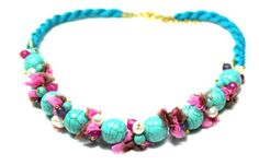 Amazing semiprecious stone necklace in turquoise pearls by SURMARA, €32.00